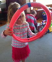 bambolê,Coordenação Motora,coordenação motora fina,brincar,educação infantil,crianças, educação física,