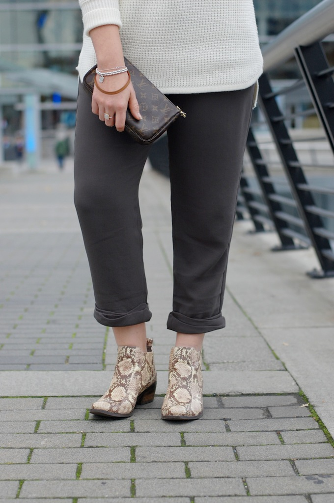 Wilfred Aritzia pants and Vince Camuto snakeskin Corral boots