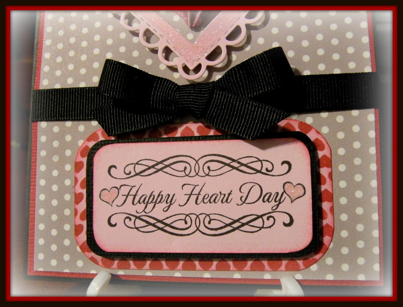 Dragonfly Designs: Stitched Scalloped Heart Die...