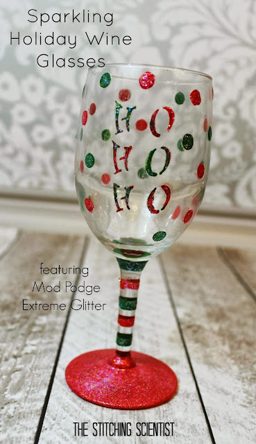 Diy sparkling holiday wine glasses the stitching scientist How to make wine glasses sparkle