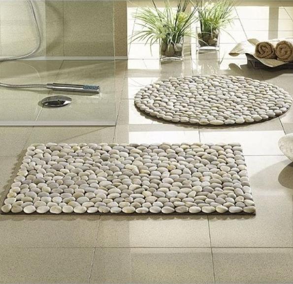 El blog del ba o alfombra con piedras de r o - Reciclaje jardineria y decoracion ...