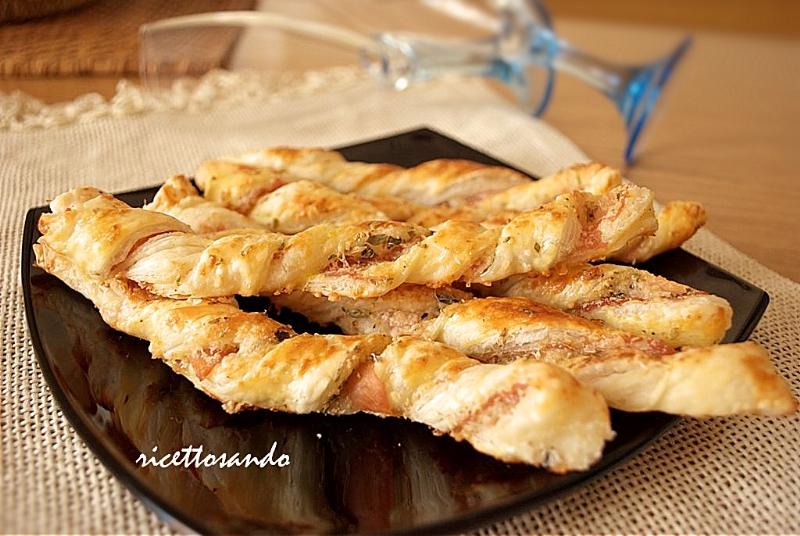 Snack al prosciutto e sesamo ricetta fngerfood veloce e semplice