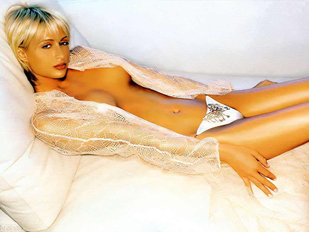 http://2.bp.blogspot.com/-11TT-J-FsCE/TuyLIgOCPmI/AAAAAAAABdQ/1MjN0qdoL2U/s1600/Paris+Hilton+without+bra+and+a+bed+scene.jpg