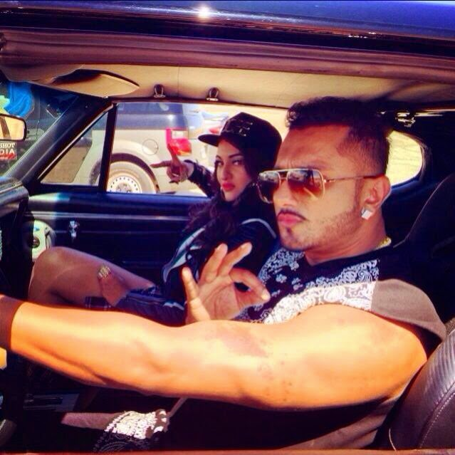 YO YO Honey Singh desi kalakaar Album Image With Sonakshi Sinha