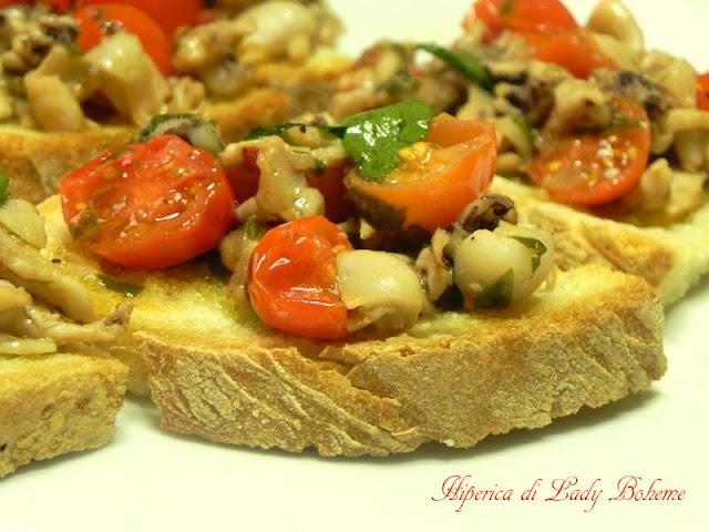 hiperica_lady_boheme_blog_cucina_ricette_gustose_facili_veloci_crostini_con_moscardini_2
