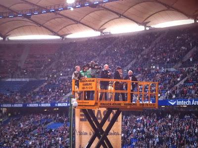 Lotto King Karl im HSV Stadion. Auftritt vor dem Heimspiel im Volksparkstadion.