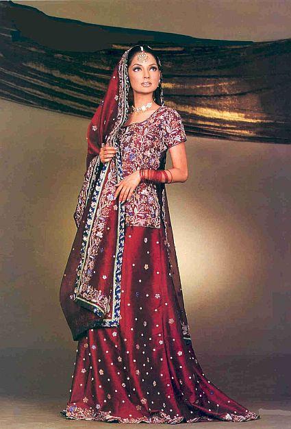 Labels Indian wedding lenghas