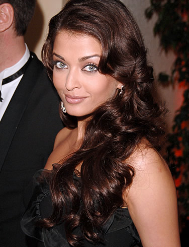 Aishwarya Rai Best Party Fashion