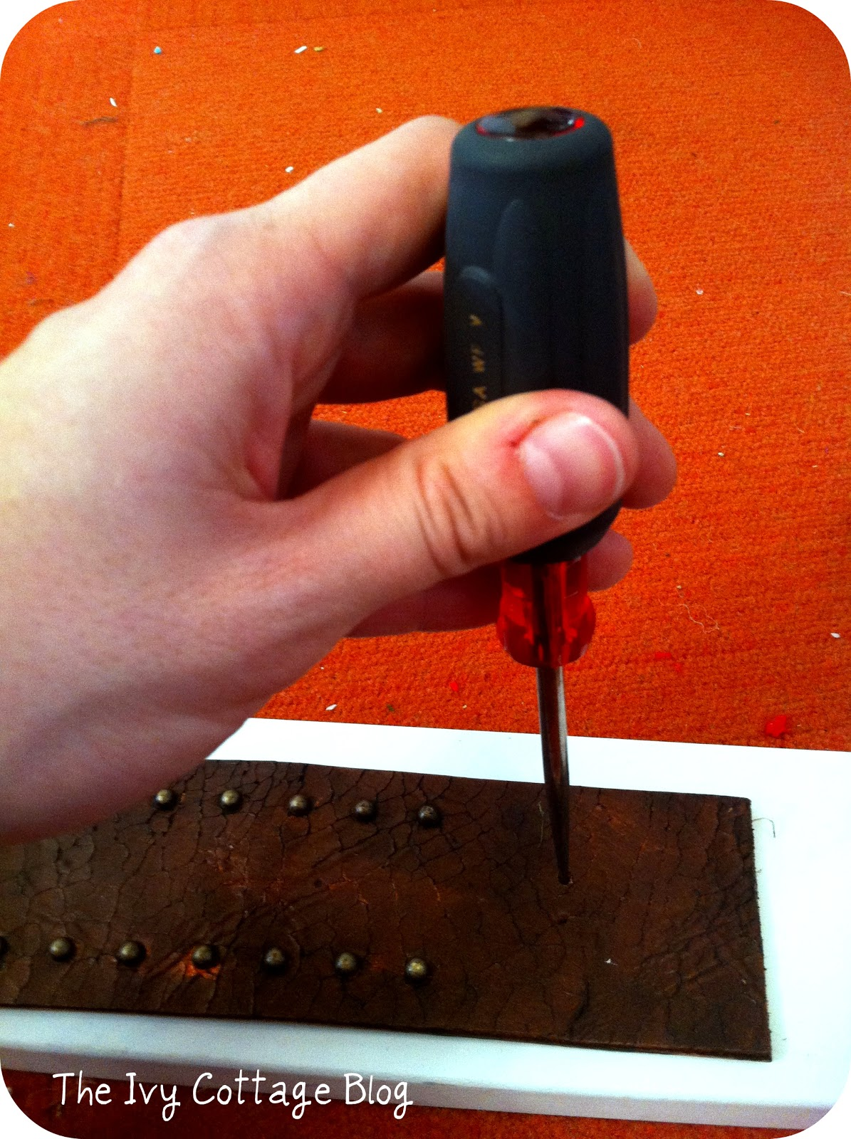 how to make holes in leather