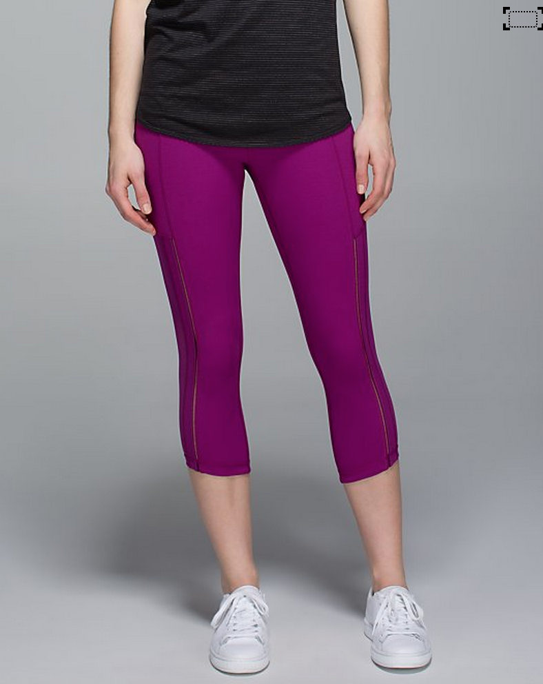 http://www.anrdoezrs.net/links/7680158/type/dlg/http://shop.lululemon.com/products/clothes-accessories/crops-yoga/Hot-To-Street-Crop?cc=17443&skuId=3601104&catId=crops-yoga