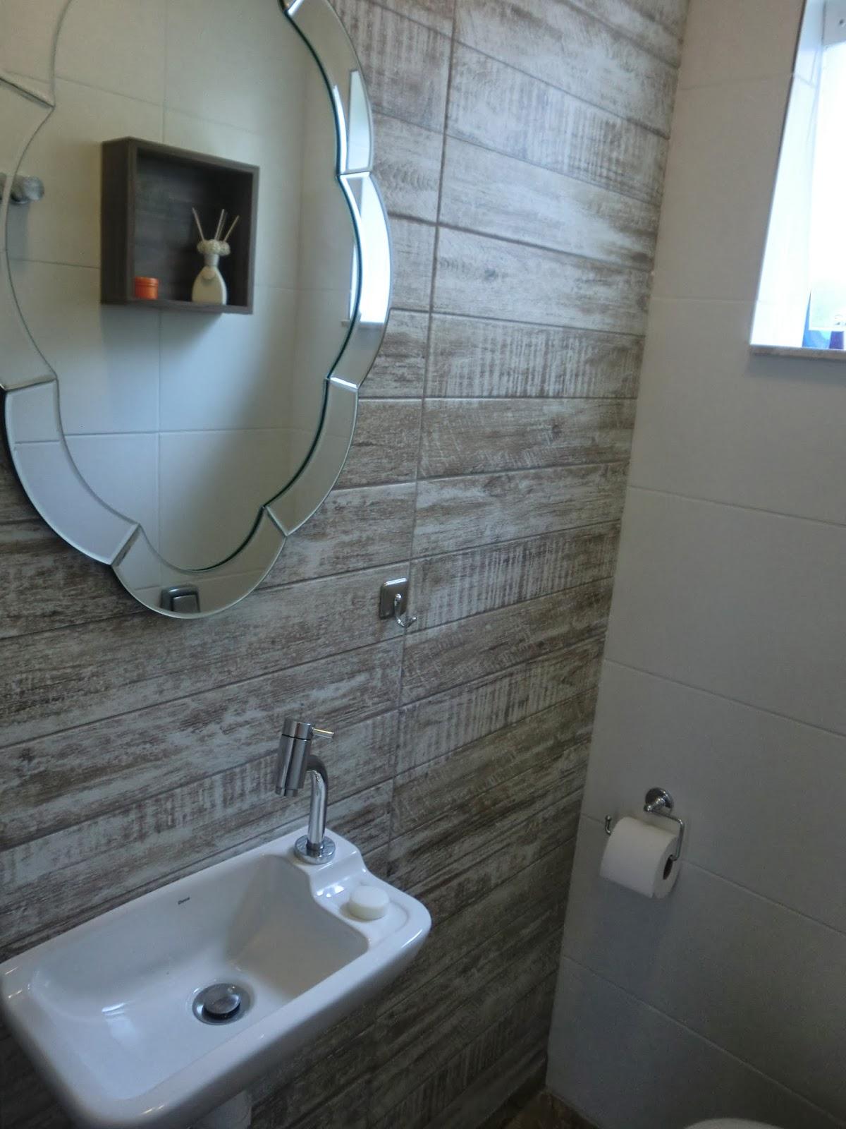Antes e Depois Reforma de Banheiro Economica Barata Casa e Reforma #3A7091 1200x1600 Balança De Banheiro Barata