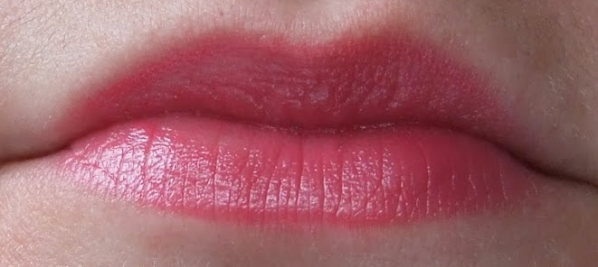 MAC Lustering lustre lipstick review swatch on lips