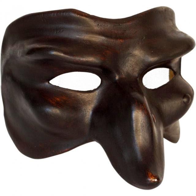 Pulcinella la maschera di napoli nella bocca del vulcano for O giardino di pulcinella roma