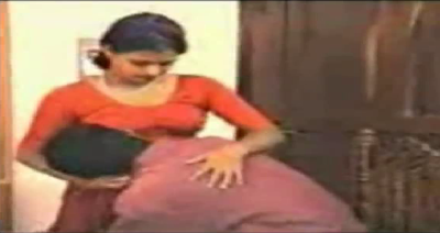 Mallu Reshma Hot Aunty In Red Blouse Pictures