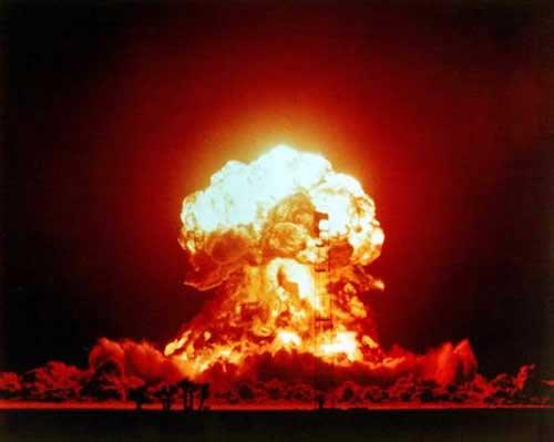 Ο, τι θα πρέπει να γνωρίζετε για τυχόν μόλυνση από απεμπλουτισμένο ουράνιο που θα προκύψει αν οι ισραηλινοί βομβαρδίσουν το Ιράν