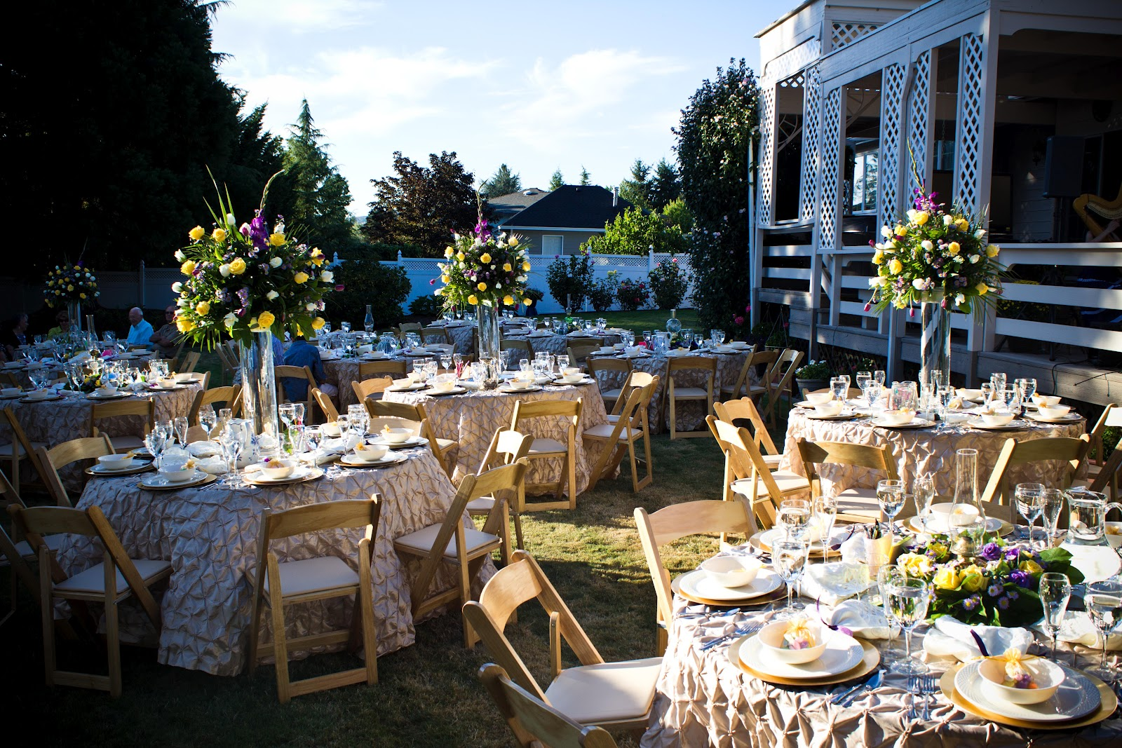 The perfect occasion weldon and beverly 39 s 50th wedding anniversary - Outdoor anniversary party ideas ...