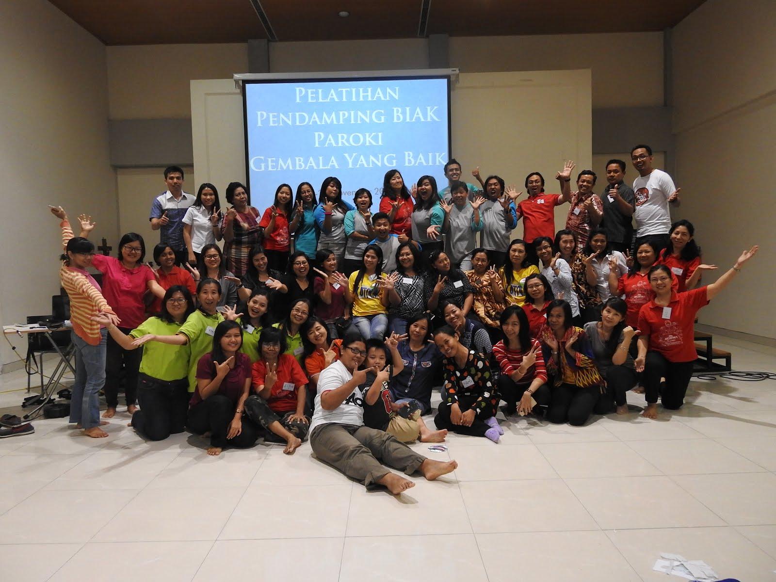 Bersama pendamping BIAK paroki Gembala Yang Baik Surabaya (26-27 November 2016)