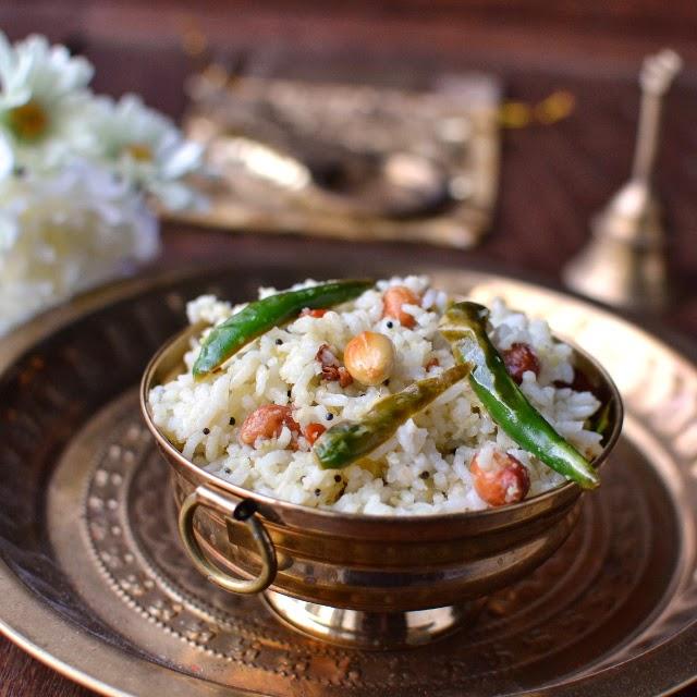 Usirikaya Pulihora (Tangy Gooseberry Rice)