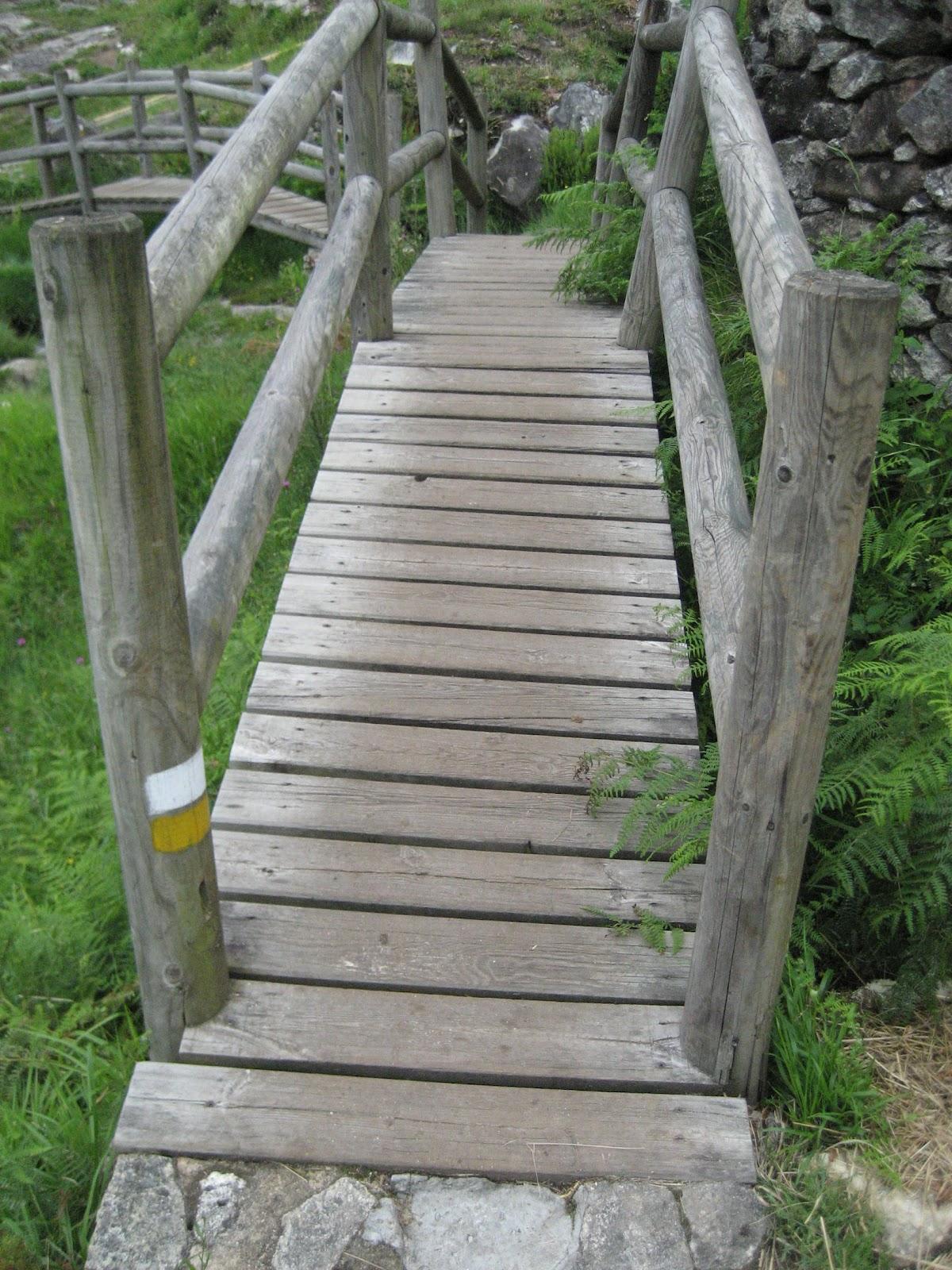 Puente en la Ruta de O Folón y O Picón