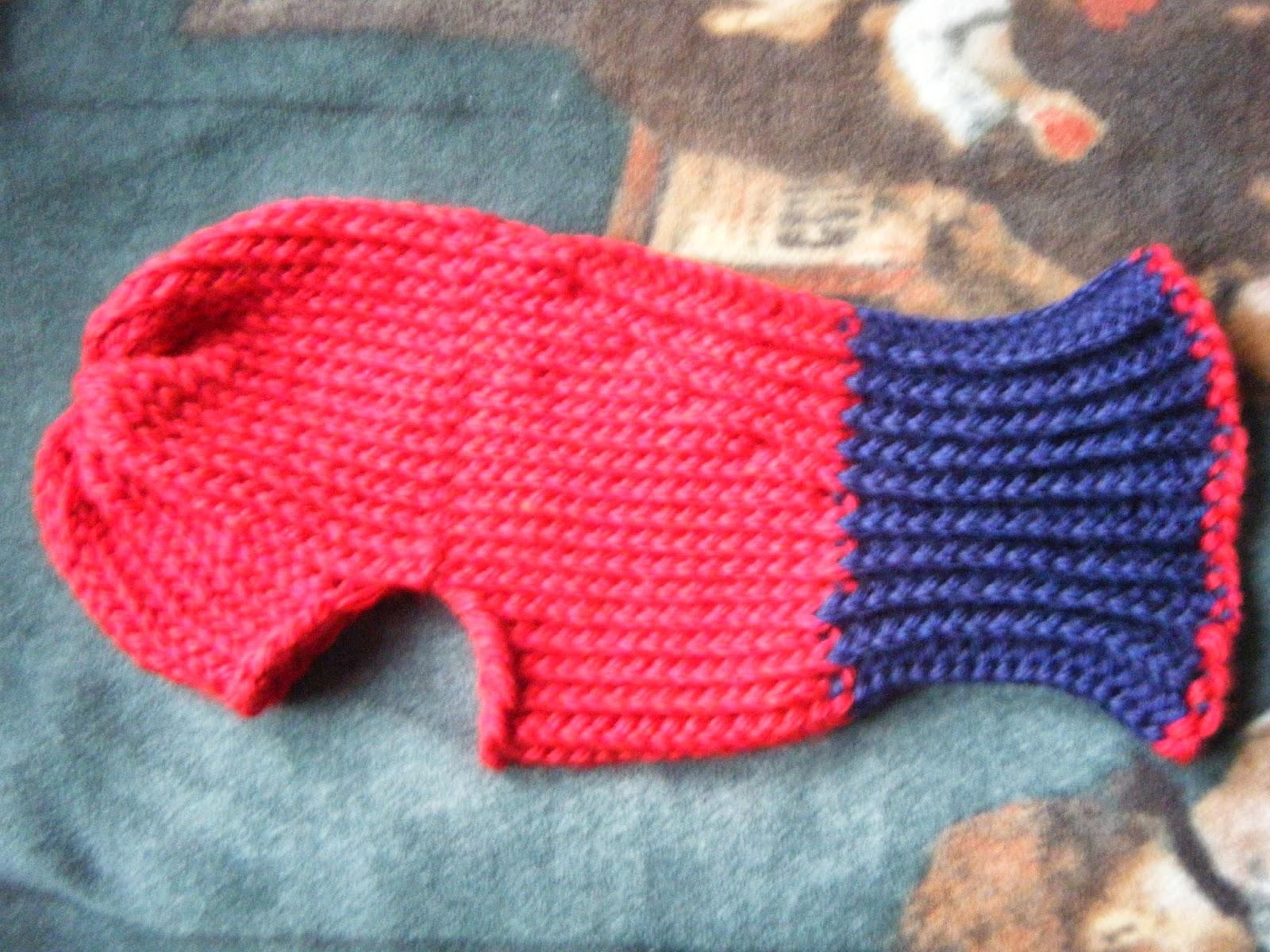 Ski Mask Knitting Pattern : The Loom Muse : Ski Mask