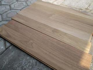 konstruksi lantai kayu solid untuk pilihan lantai kayu yang awet