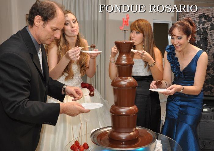FONDUE ROSARIO,CASCADA DE CHOCOLATE PARA EVENTOS