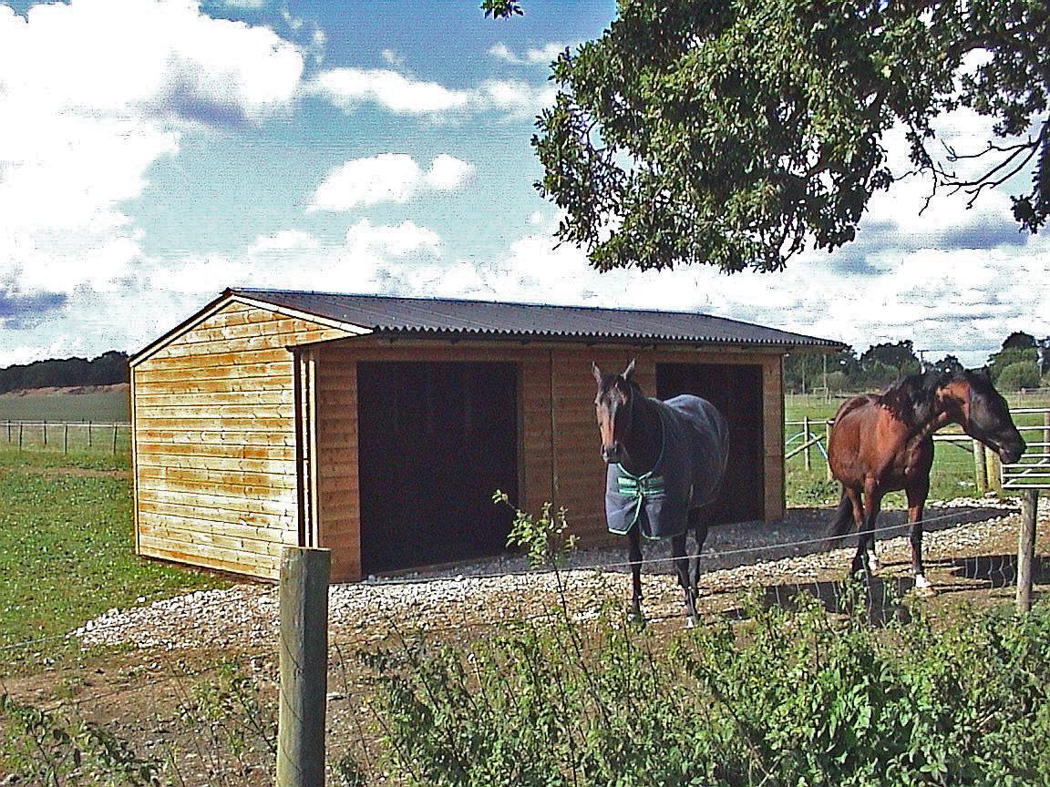Diy Horse Shelter : Image source http primestables