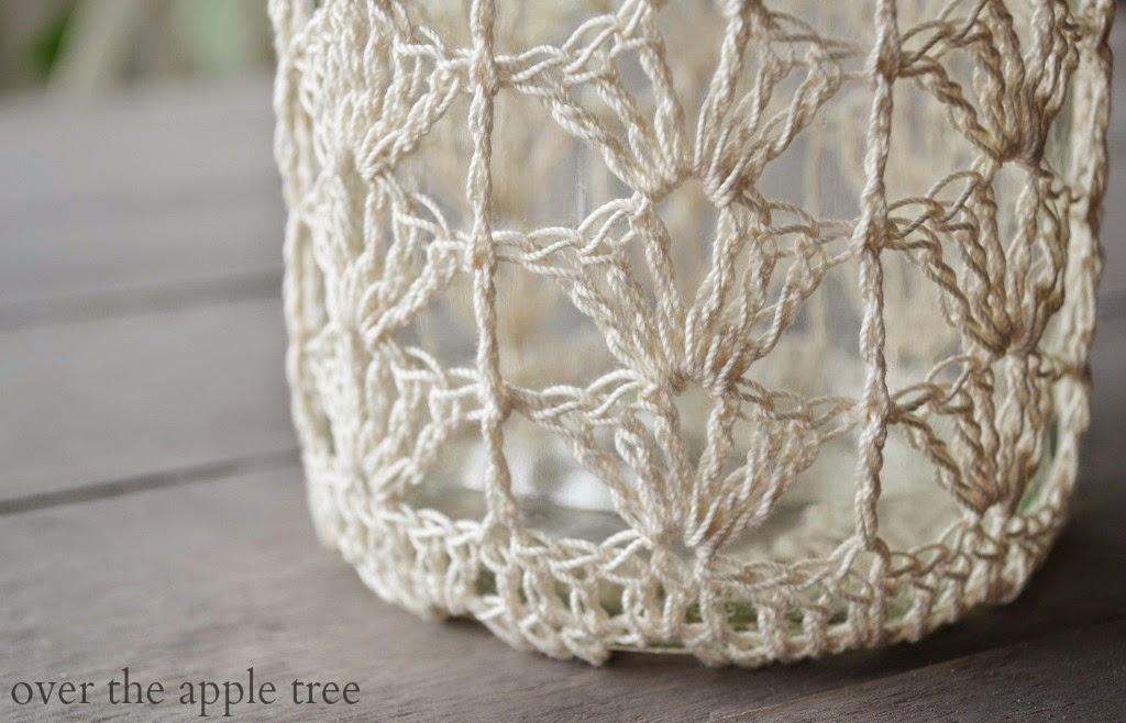 Crochet Jar, Over The Apple Tree