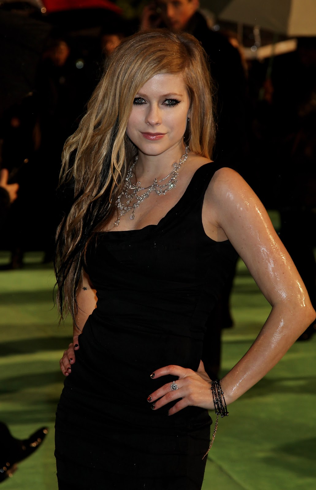 red carpet dresses avril lavigne quotalice in wonderland