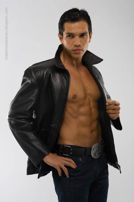 Adrian Maulana hot