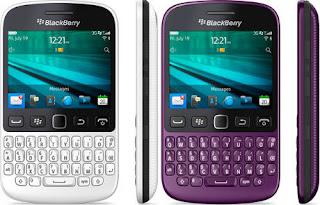 BlackBerry 9720 Ponsel Keyboard QWERTY Layar 2.8 inch