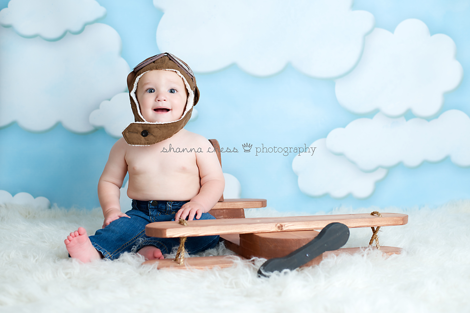 eugene or baby photography airplane