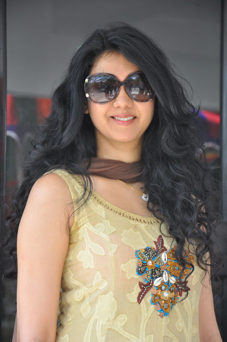 kamna jethmalani at movie 9 entertainments movie pooja unseen pics