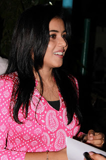 Poorna Latest Stills @ Viththagan Movie Press Show Event (1)