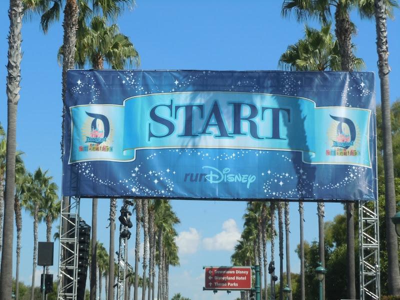 Disney Half Marathon start