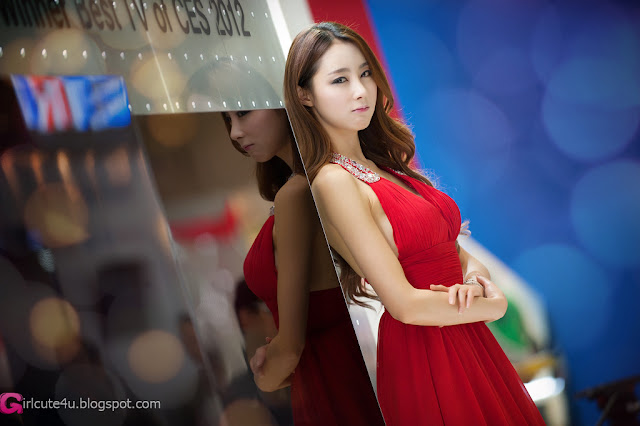 7 Eun Bin Yang - World IT Show 2012-very cute asian girl-girlcute4u.blogspot.com