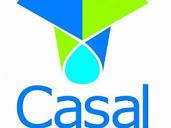 Casal faz reparos em moto bomba para normalizar abastecimento no Alto Sertão