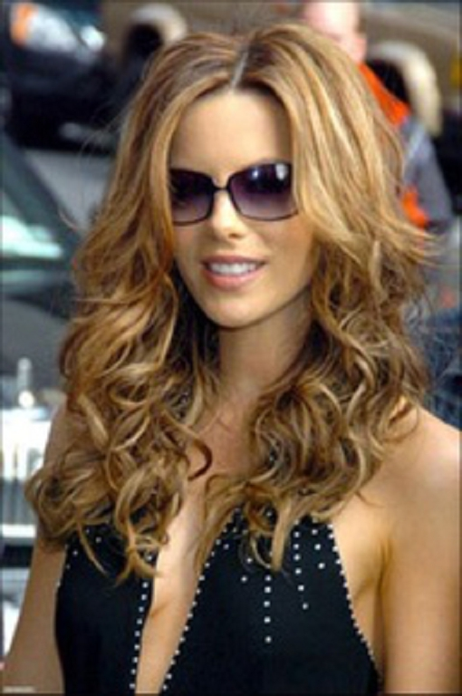 cortes de pelo rizado para mujeres modernas peinados cortes de pelo