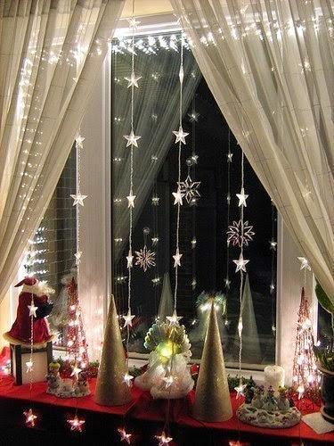 decoracin de ventanas n en est temporada navidea se venden pegatinas que puedes usar para pegarlas en tus lindos diseos en