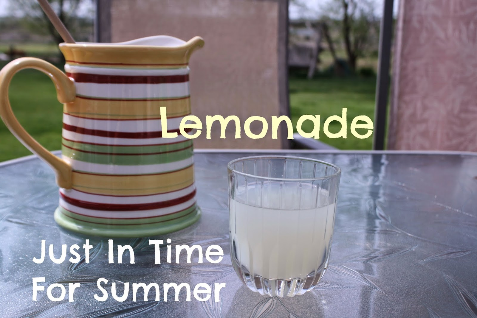 http://lovelydoesit.com/2014/06/01/make-monday-vol-5-lemonade/
