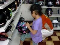 Korban Helm SNI Palsu adalah Anak Kecil