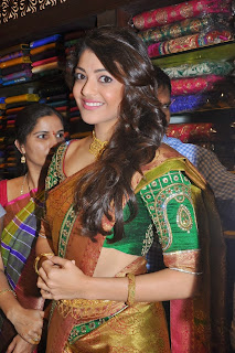 Actress Kajal Agarwal Pictures in Designer Saree at The Chennai Shopping Mall Launch  0016.jpg
