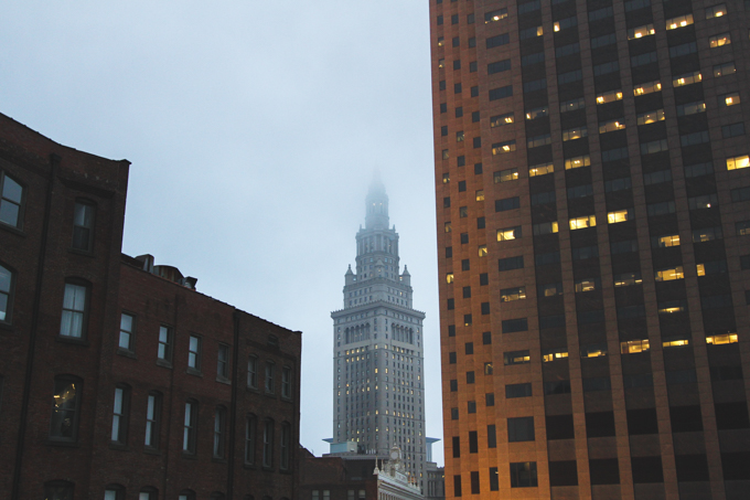 cleveland, fog, terminal tower
