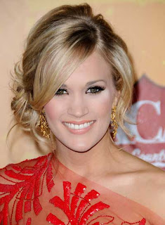 carrie underwood updo romantic blonde Carrie Underwood Long Blonde Romantic Curly Hairstyles
