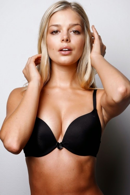 It looks pretty sexy models wearing black bra