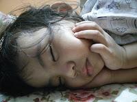 6 Penyebab Mengapa Anak Tidur Mendengkur