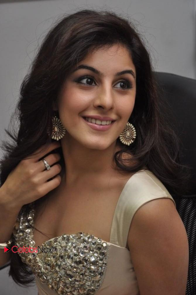 Isha Talwar Photos in Short Dress at Gunde Jaari Gallanthayyinde ...