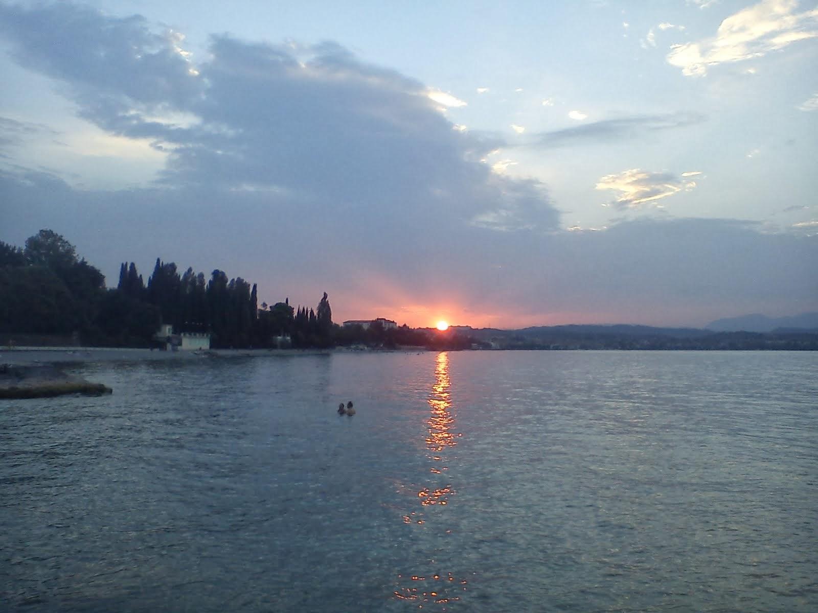 Pensieri sparsi all'orizzonte del mio lago
