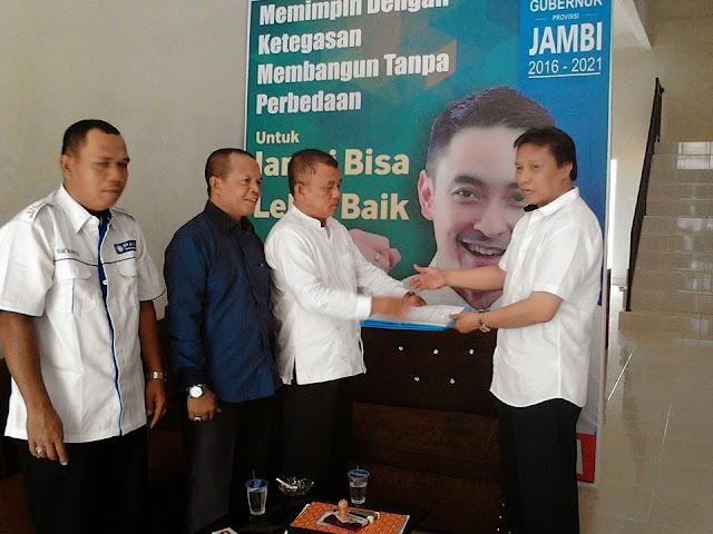 Herman Muchtar Mendaftar ke PAN S. Penuh