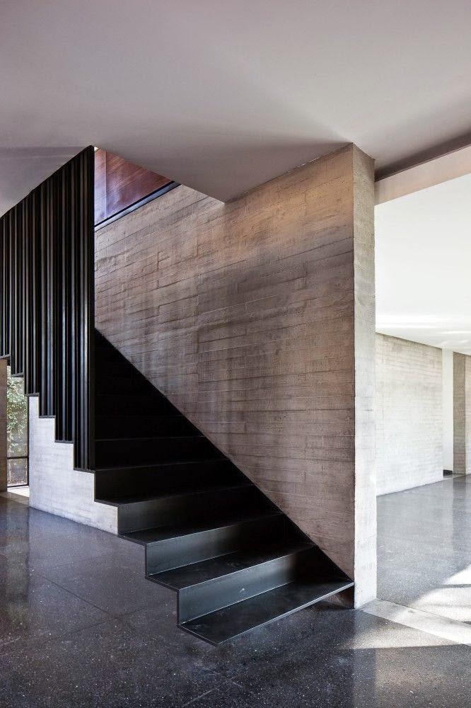 Dolce hogar escaleras for Detalle escalera volada